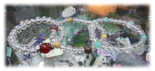 8月14日(金)は天然石パワーアップセールです。ブレスレットプレゼントします!